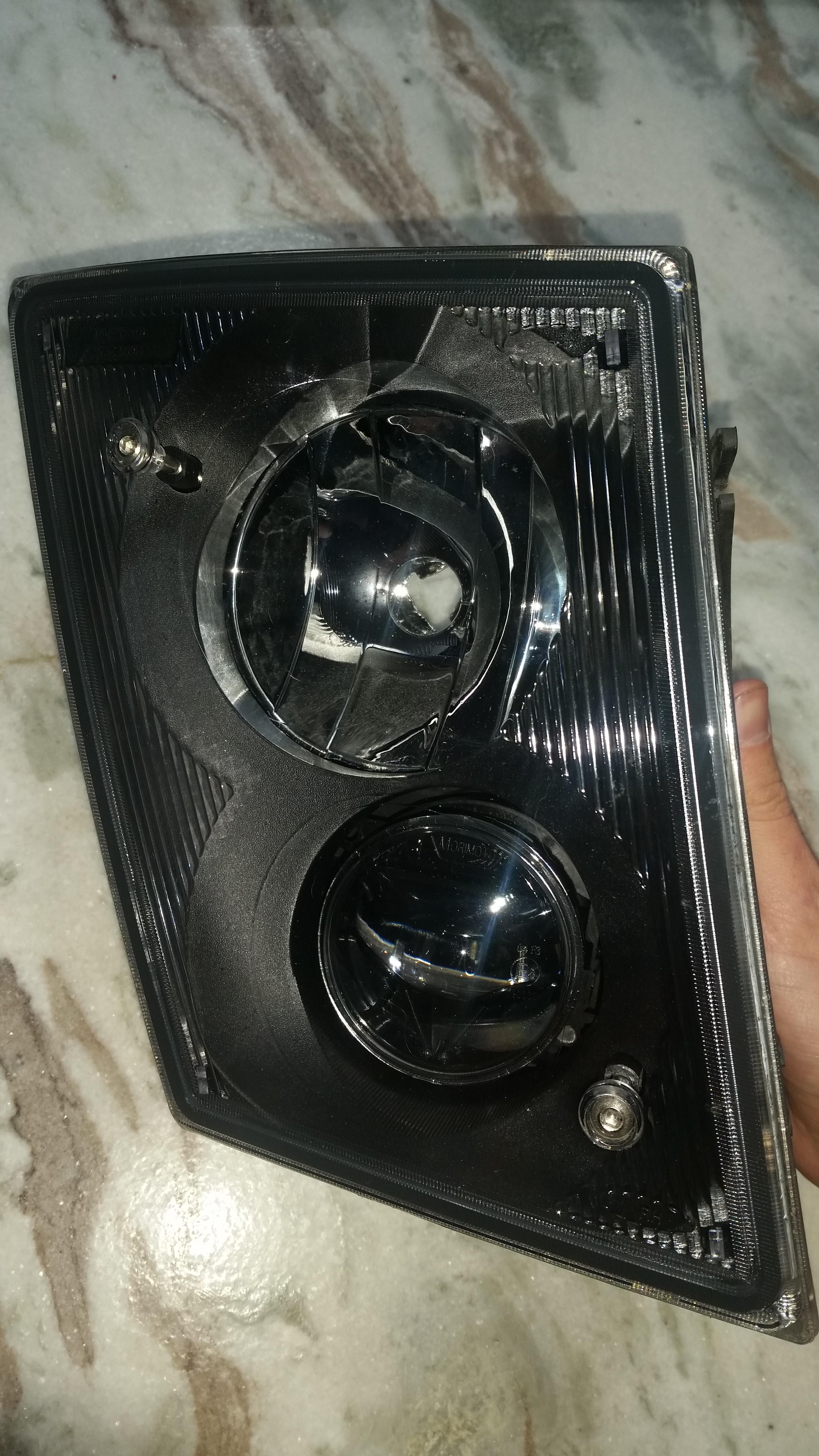 Led Replacement Headlight Bulbs >> Volvo VNL LED Fog Light Kit - Deep Space Lighting