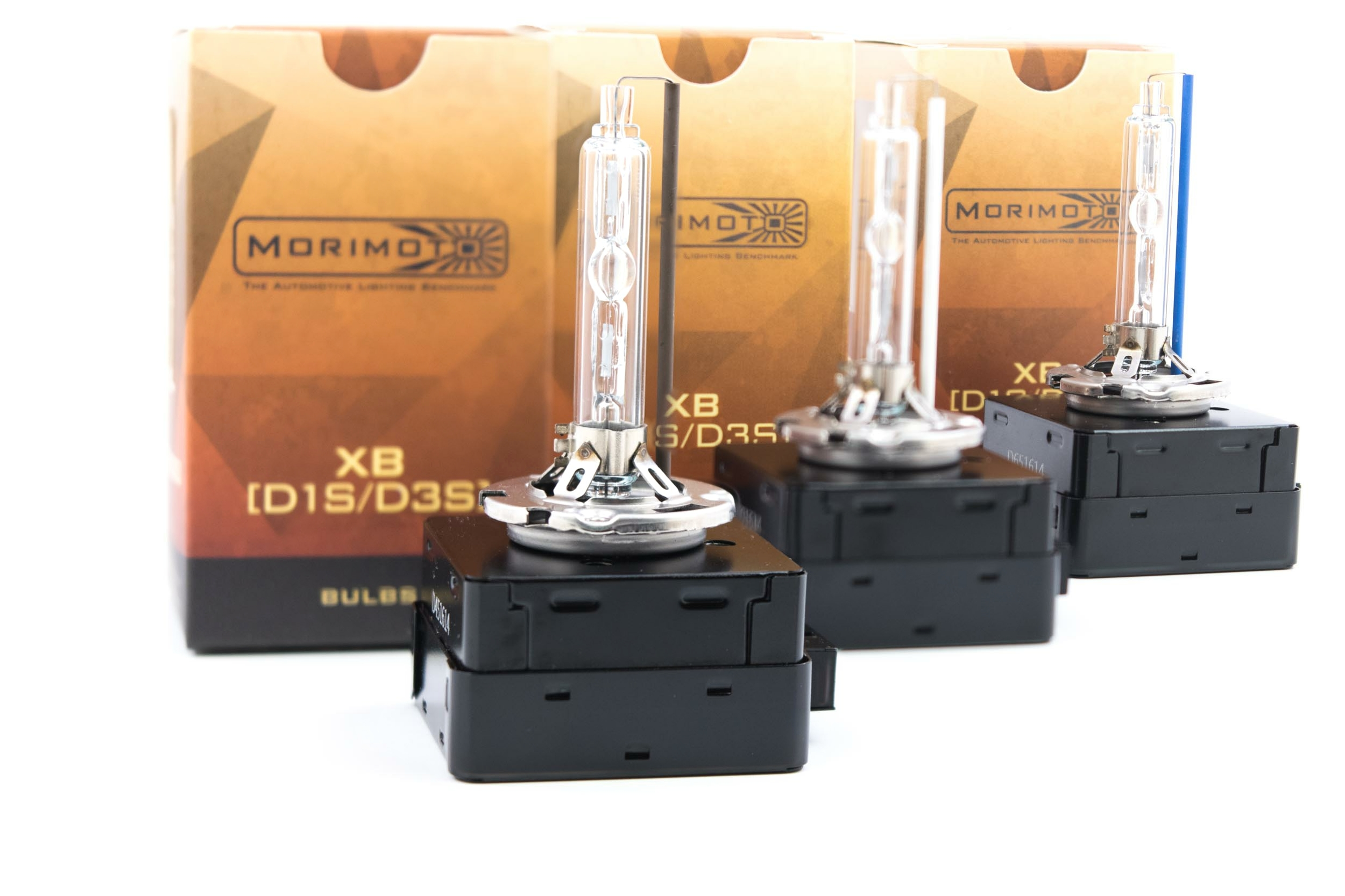 D1S Replacement Bulbs for Kenworth T680 with Original Equipment Xenon  Headlights - Deep Space Lighting